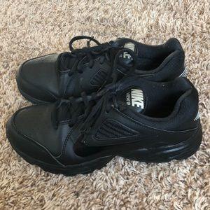 non slip shoes nike
